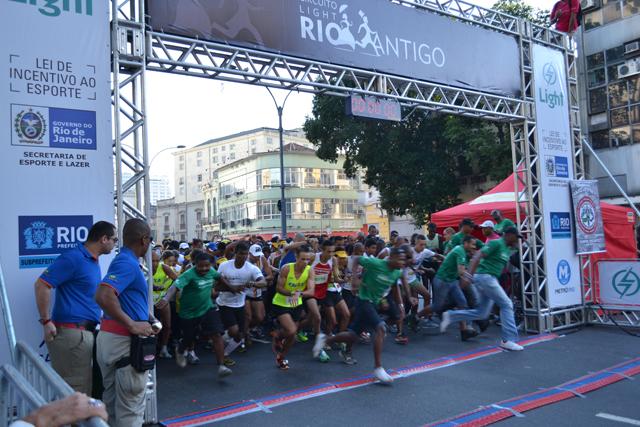 Circuito Rio Antigo : Equipe de corrida asfoc circuito rio antigo